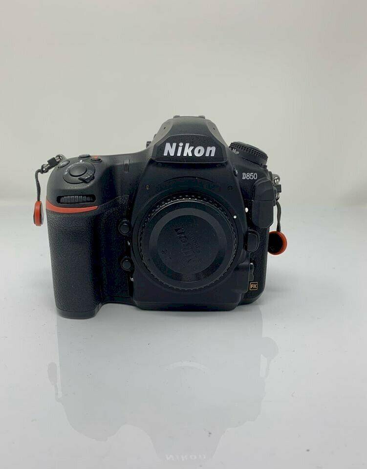 Fotocamera Nikon D850 in perfette condizioni